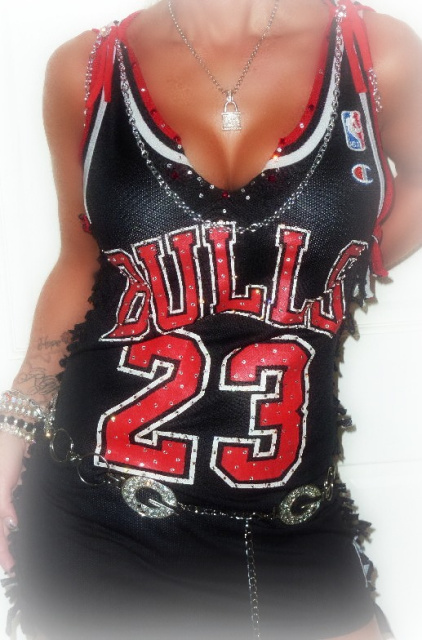 f39a42d9ef4a Chicago Bulls Clothing